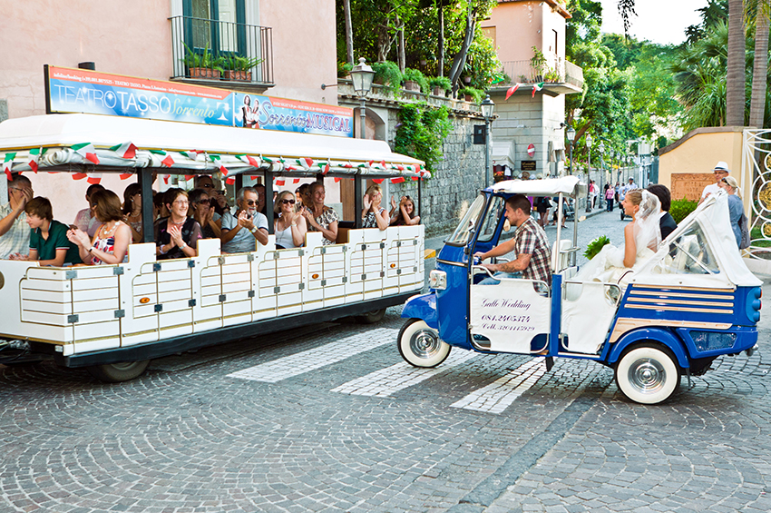 Wedding in reportage style in Sorrento